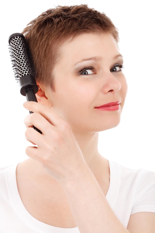 Tagliare capelli ogni 6 mesi